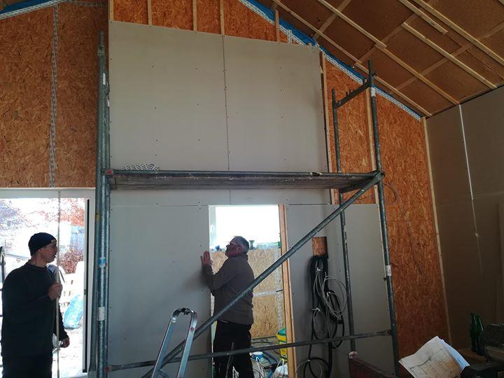 ️️️Unser Gemeindehaus ist winterfestund auch der Innenausbau geht stetig weitermotiviert schaffen viele fleißige Hände…
